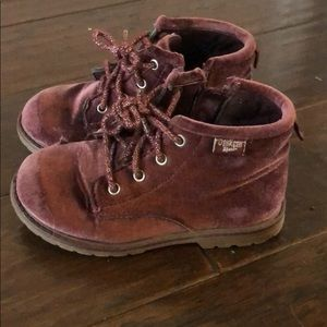 Osh kosh B'gosh Girls Booties. Size 10
